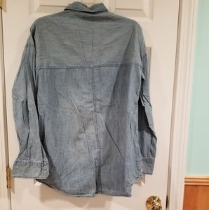 Old Navy Tops - Chambray top
